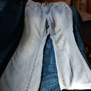 FADED FLORY JEANS BOOT SZ 10